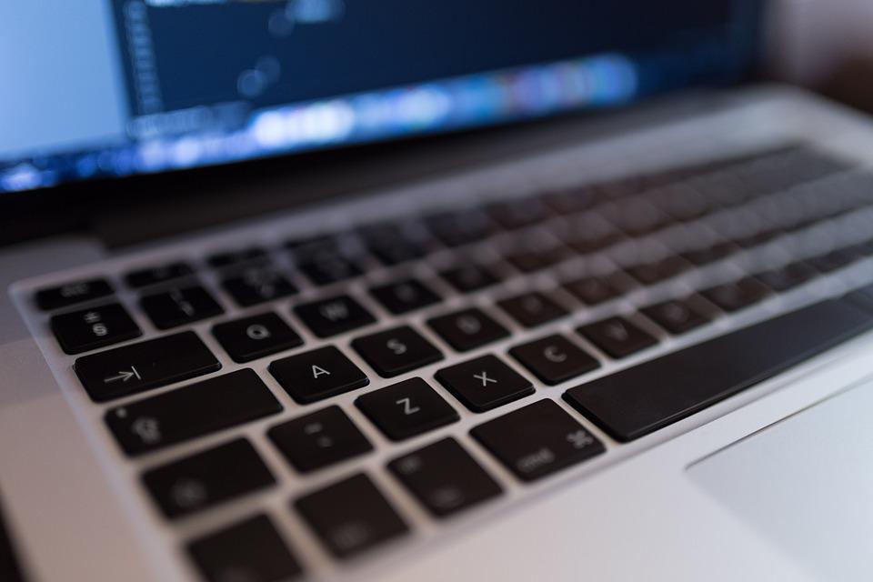 Как заменить аккумулятор на ноутбуке